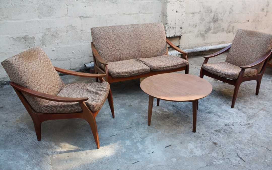 Mahogany Frystark 3 piece lounge suite. Sold