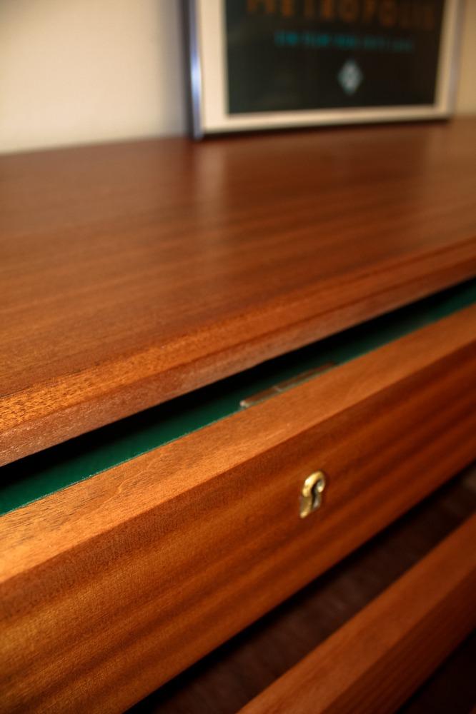 macro shot of the wood detail