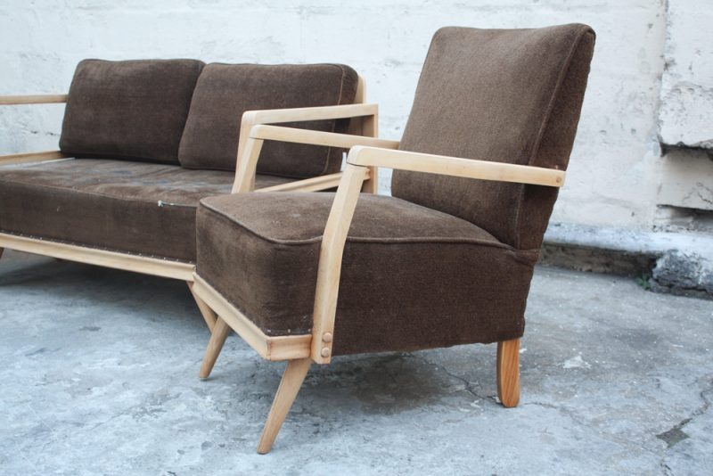 another side angle of single Reliance chair