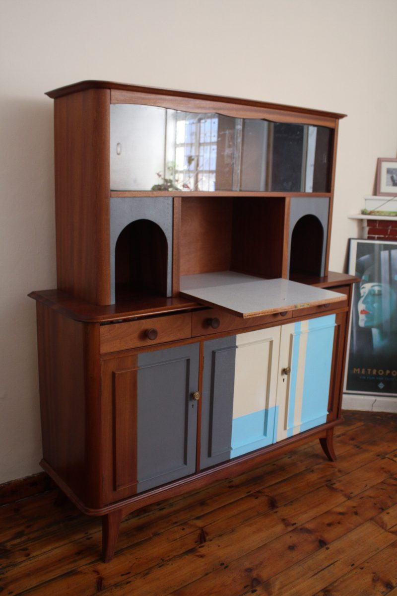 cabinet has two sections that is seperated when transporting