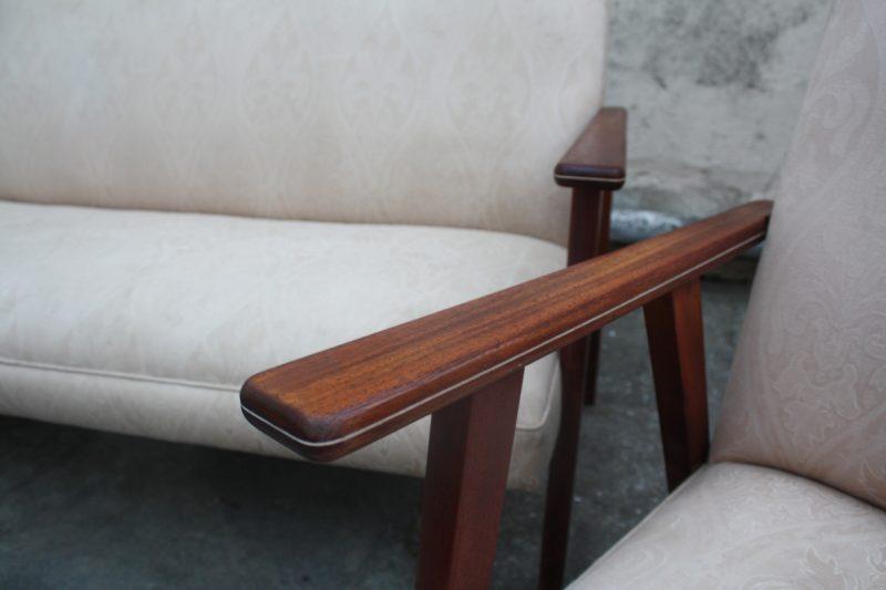 warm mahogany wood